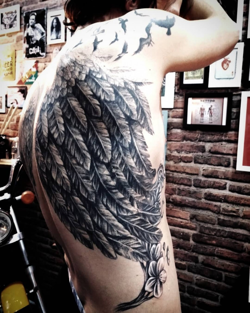 coverup-black-gray-angel-wing-tattoo-boriana.markova.tattooart