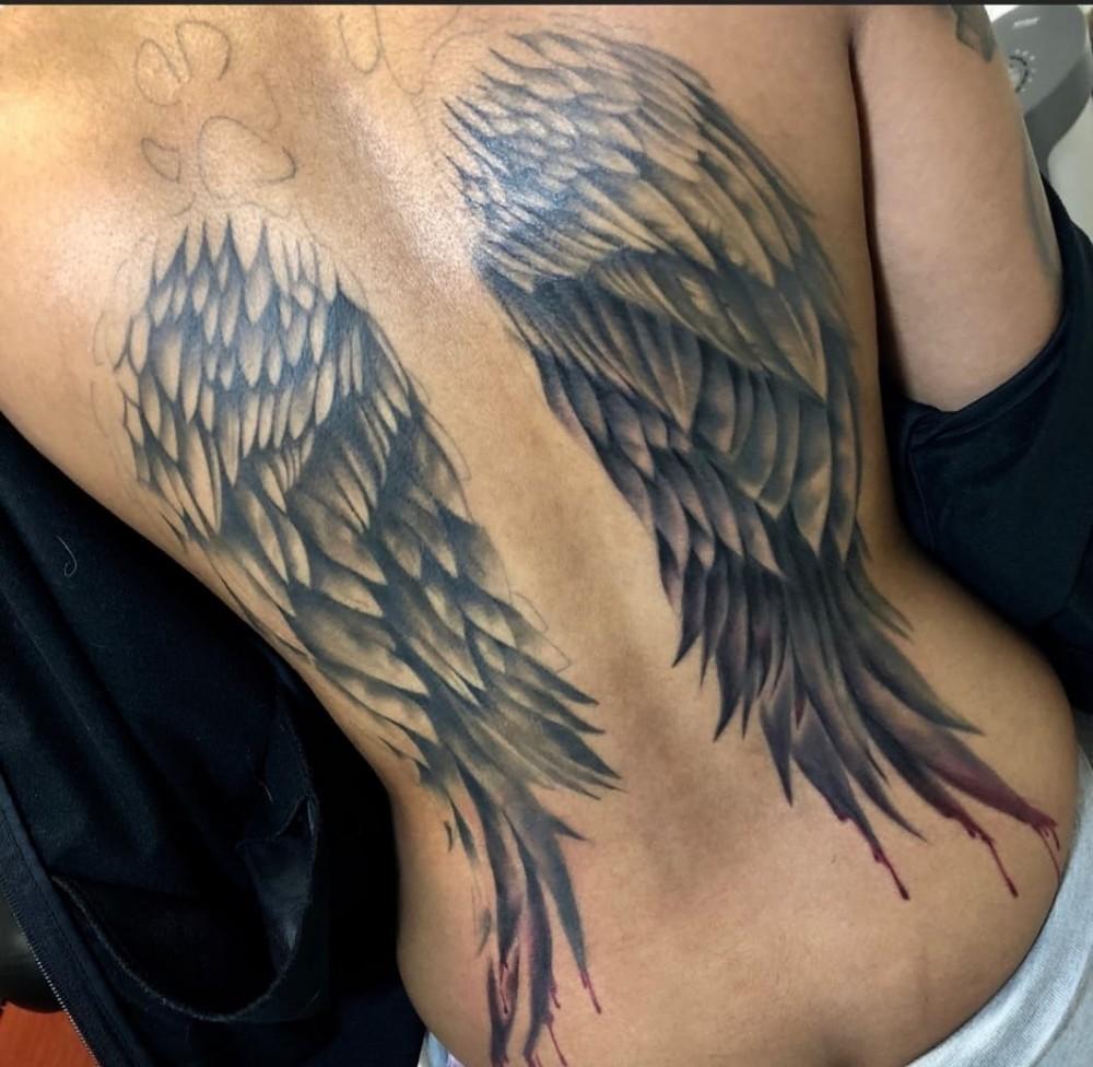 myback-huskypaws-angel-wings-tattoo-eastvanphotos