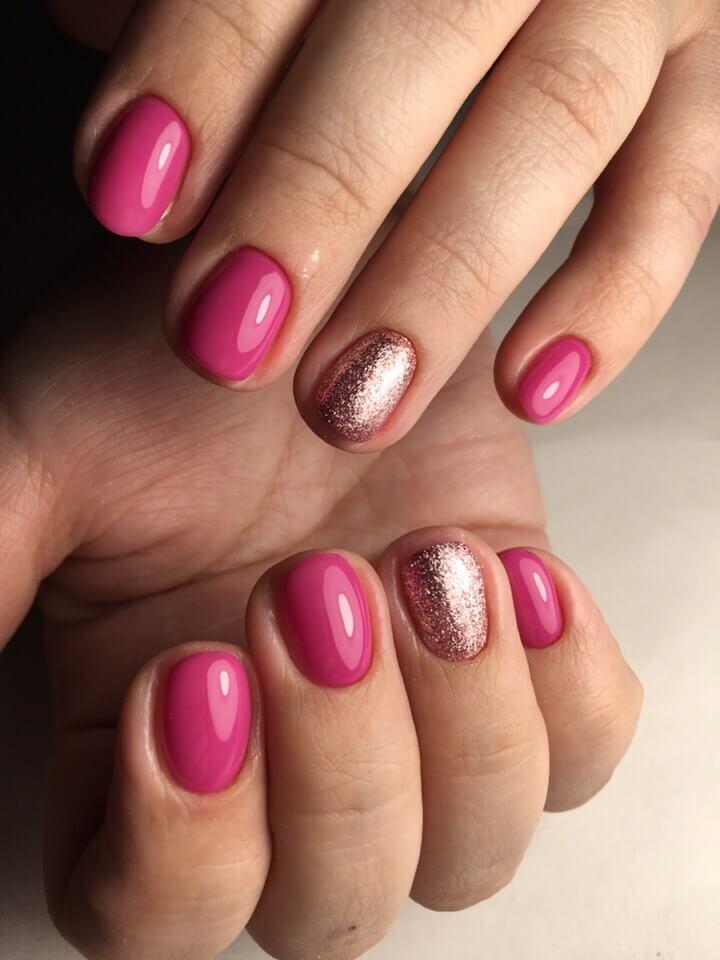 Vivid nails photo