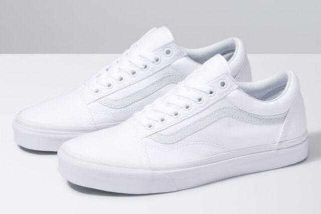 Vans Canvas Old Skool White Sneakers, best white sneakers 2020, men's white sneakers cheap, white leather sneakers, best white sneakers men's 2020, adidas white sneakers men's, minimalist white sneakers, white sneakers trend, white sneakers men's fashion