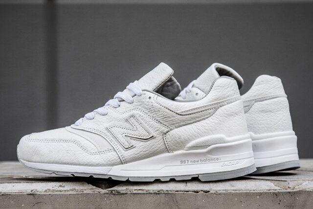 New Balance USA 997 bison 2, best white sneakers 2020, men's white sneakers cheap, white leather sneakers, best white sneakers men's 2020, adidas white sneakers men's, minimalist white sneakers, white sneakers trend, white sneakers men's fashion