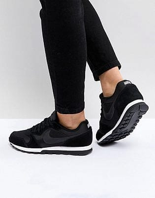 Nike Black & White Md Runner Sneakers, slip-on shoe leggings, tops to wear with leggings, shoes to wear with tights, what shoes to wear with shiny leggings, what to wear with leggings 2020, how to wear leggings with a dress, shoes to wear with capri leggings, legging outfits with heels, how to wear ankle boots with jeggings, what to wear with brown leggings