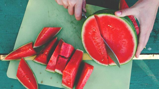 """watermelon nutrition data, watermelon benefits, negative effects watermelon,, watermelon calories, benefits of watermelon seeds, watermelon sugar content, watermelon benefits for skin, watermelon benefits for men,"""