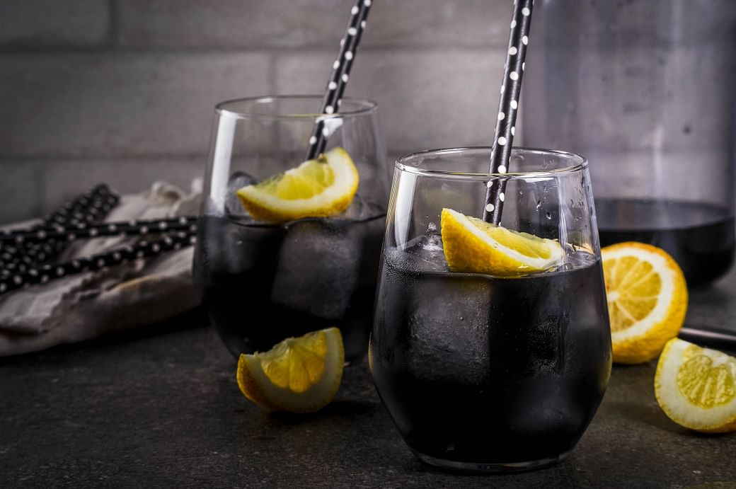 """charcoal lemonade activated charcoal drinks health drink during the quarantine activated charcoal benefits are the activated charcoal benefits true making activated charcoal with lemon juice"""